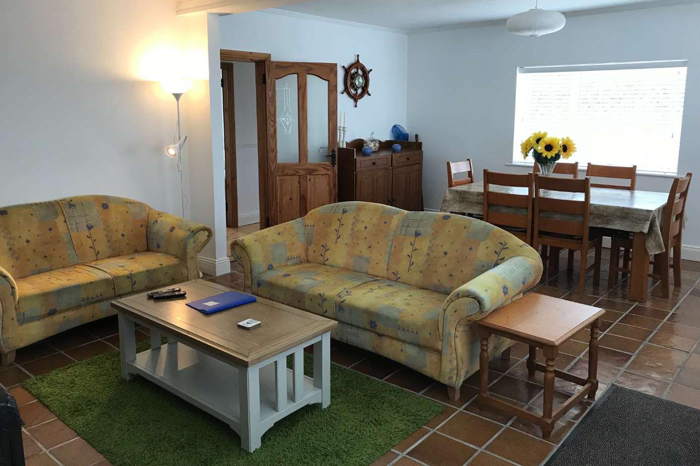 beachcomber-livingroom1